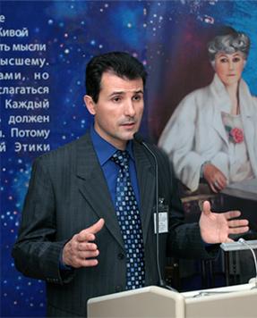 Председатель Санкт-Петербургского отделения МЦР Э.А. Томша