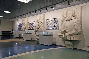 Открытие выставки художников-космистов «Вне Земли»